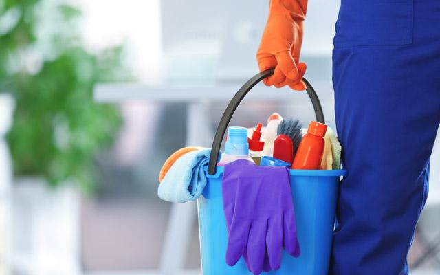 Zaščitna oprema za čiščenje